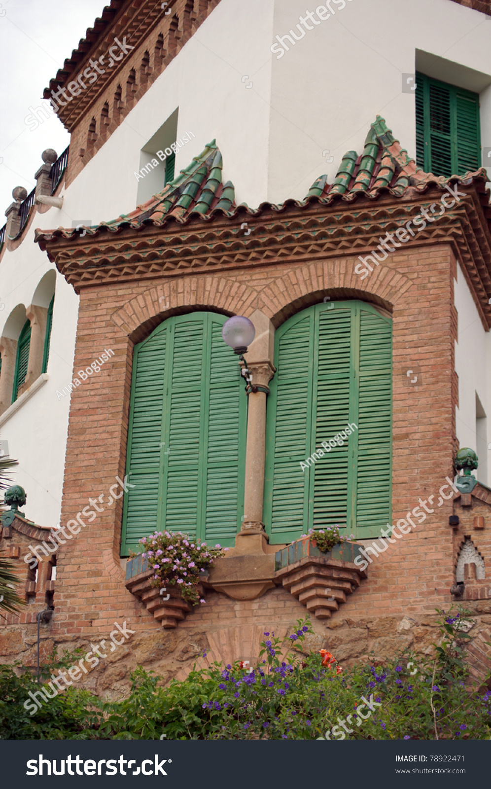 Balcony and window in traditional mediterranean spanish for Balcony in spanish