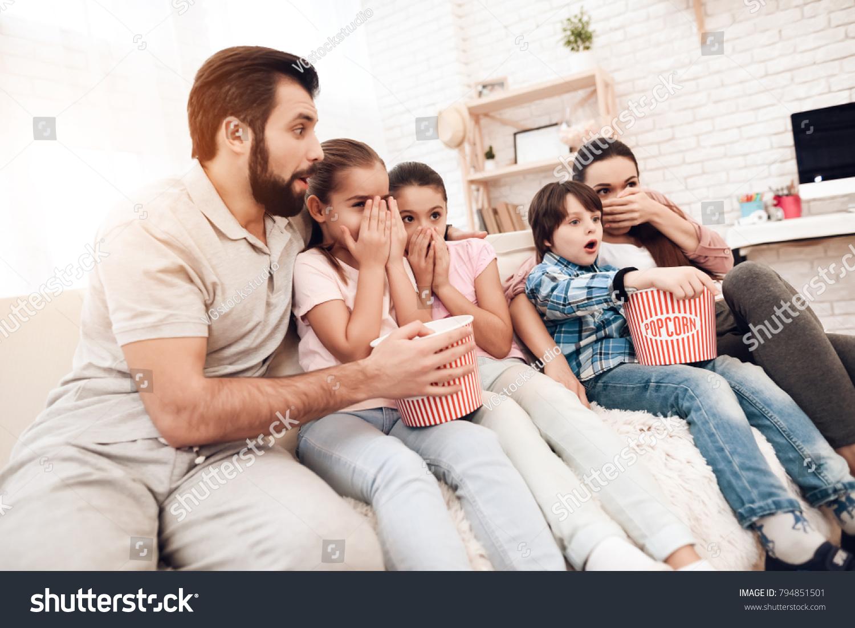 Dad Mom Two Girls Boy Watch Stock Photo Edit Now 794851501