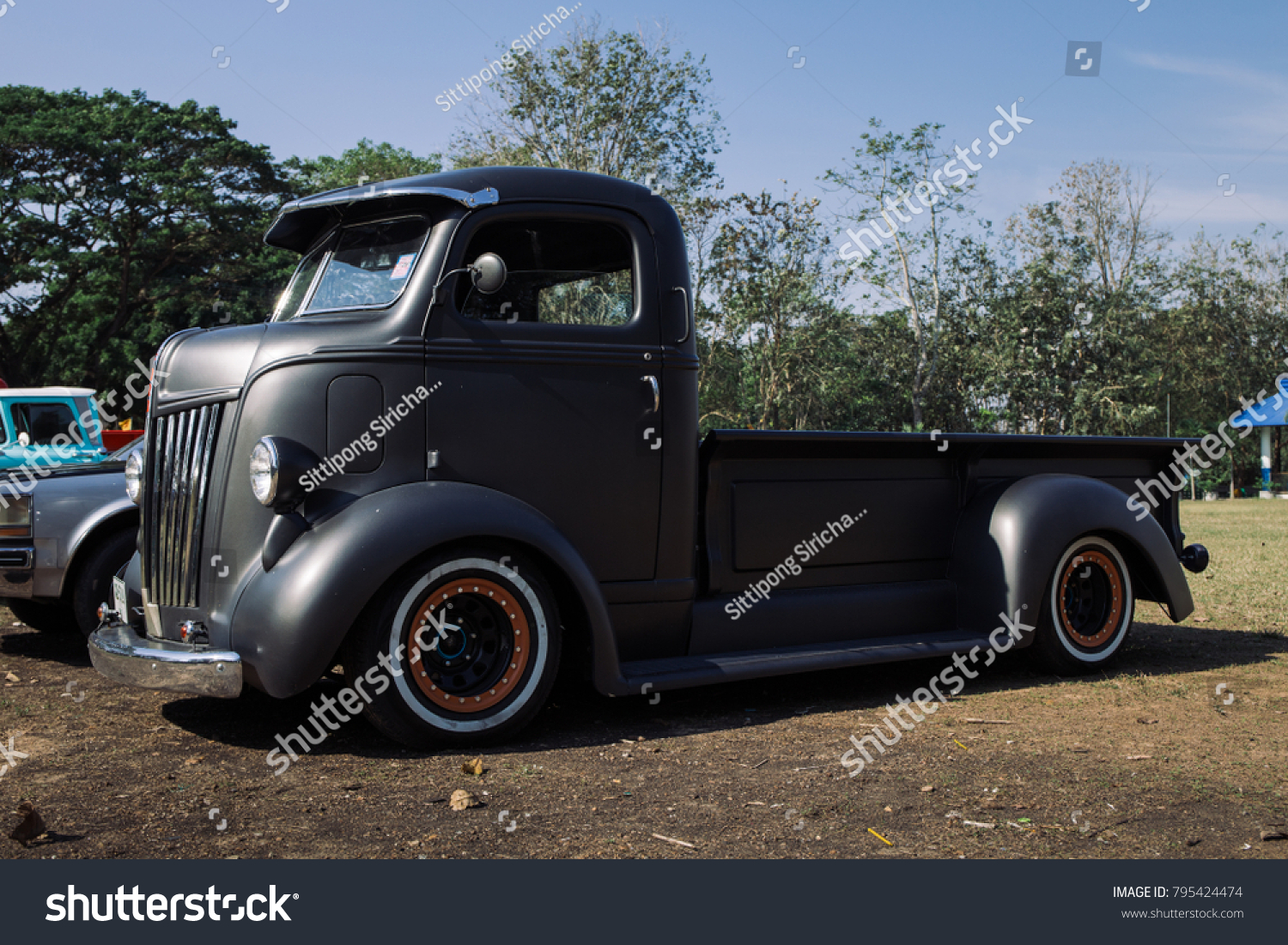 Chonburi Thailand January 15 2018 Ford Stock Photo Edit Now 1954 Coe Truck The 1940 Parking At