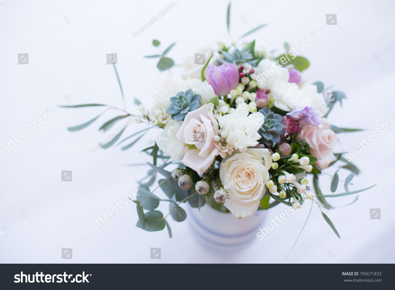 Beautiul Spring Bridal Bouquet Garden Roses Stock Photo & Image ...