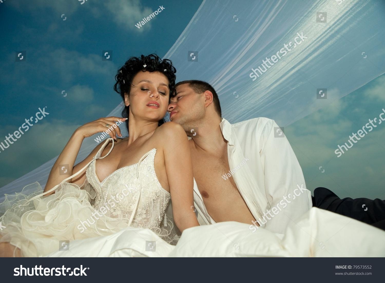 Pump between bride