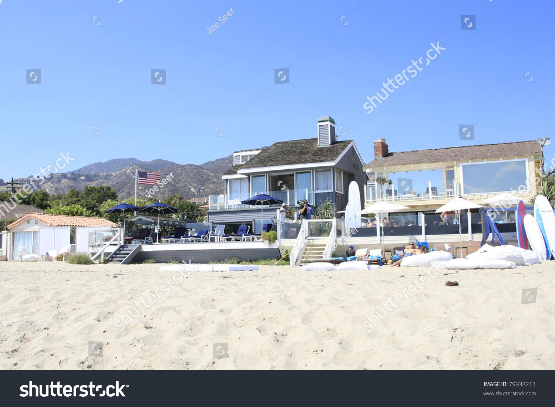 Malibu ca aug 19 beach house and paris hiltons rental for Malibu california beach houses