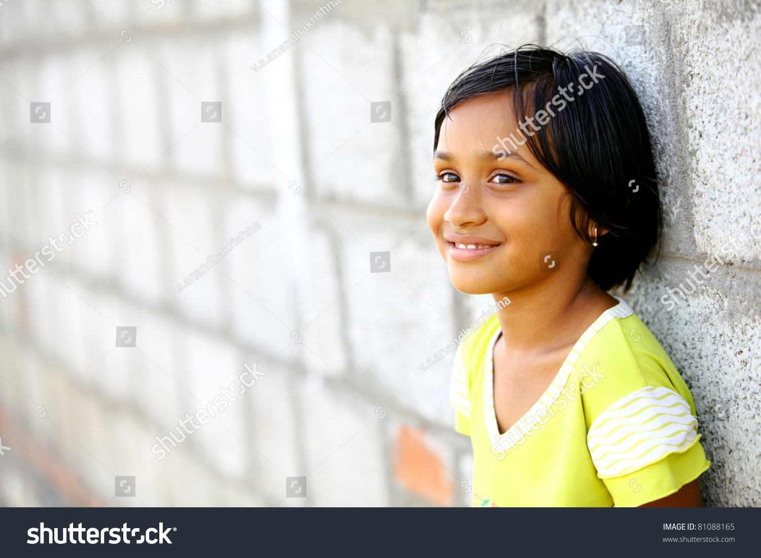 beautiful indian little girl smile face stock photo (royalty free