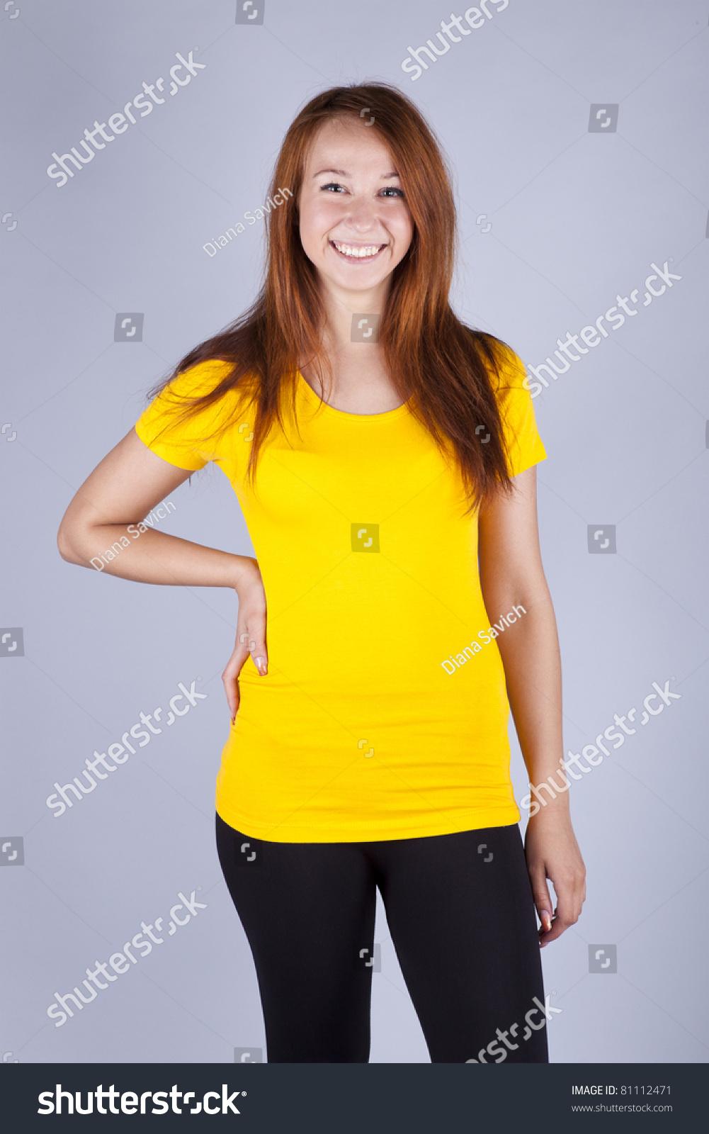 Фото девушек в желтых майках