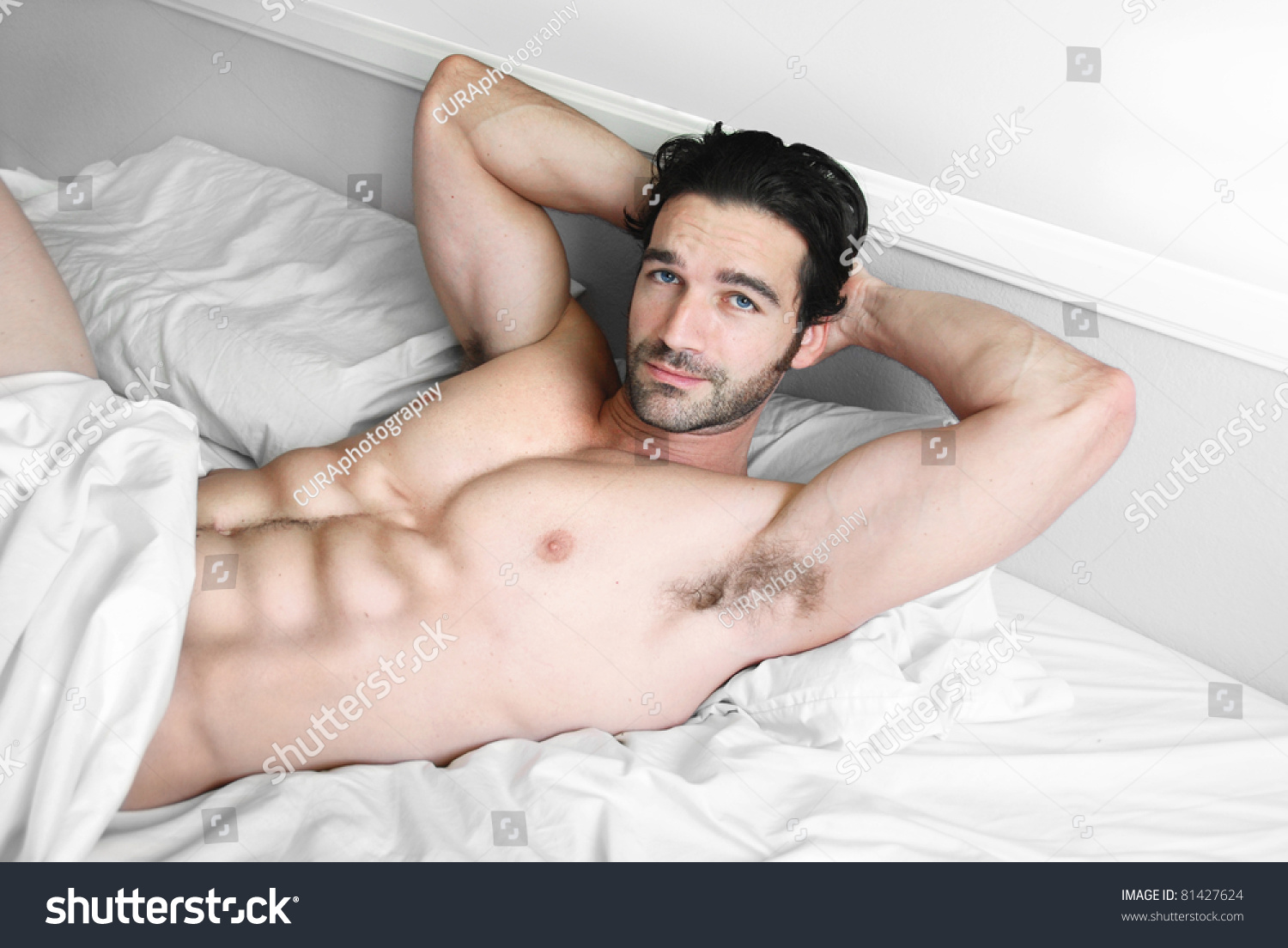 free sexy nude male model pictures