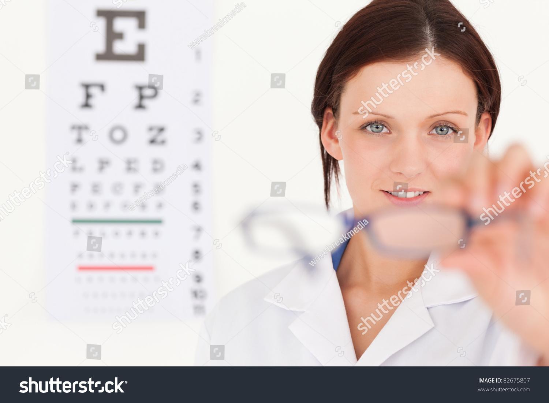Female stripper eye test
