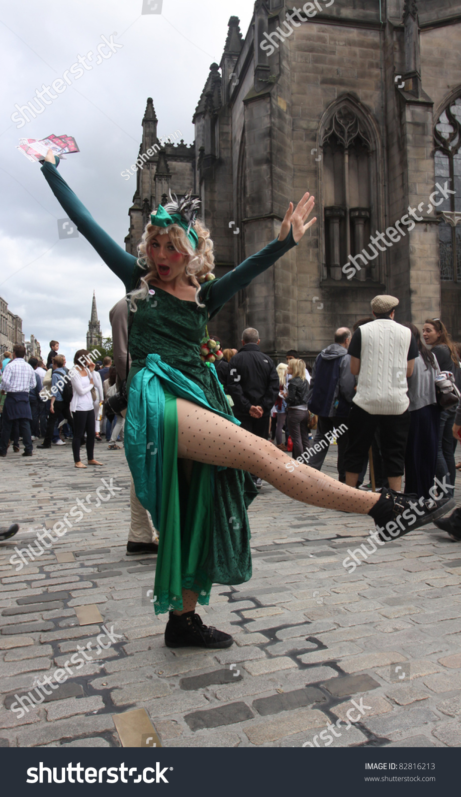 Edinburgh - August 14 : A Member Of Dumbshow Poses For ...