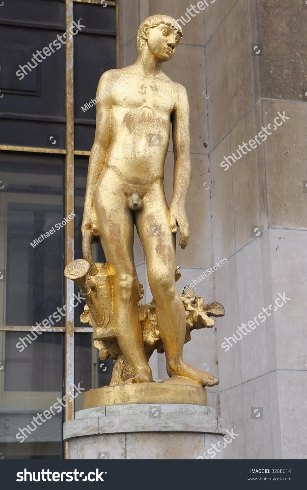 france-naked-boy-wood