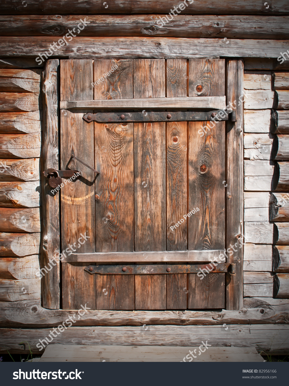 Vintage Brown Wooden Door Old Barn Stock Photo 82956166