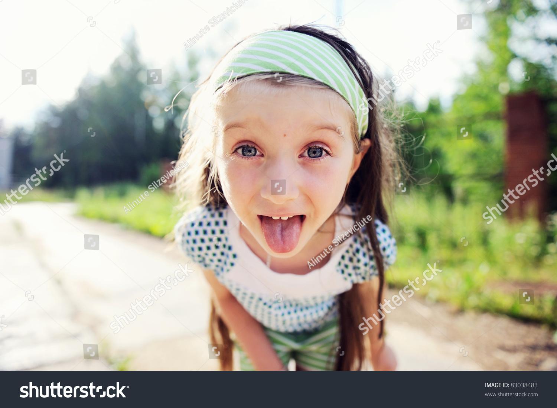 Фото девочкам которым кончили в рот 4 фотография