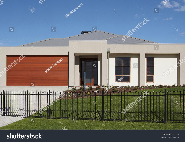 ^ Single Storey ontemporary House Stock Photo 831138 : Shutterstock