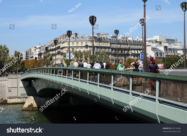 Le Pont De Paris Stock Photo Edit Now 83213446 Shutterstock