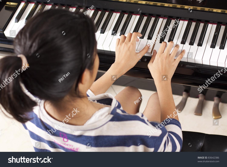 Private Piano Lessons in Orange County, CA