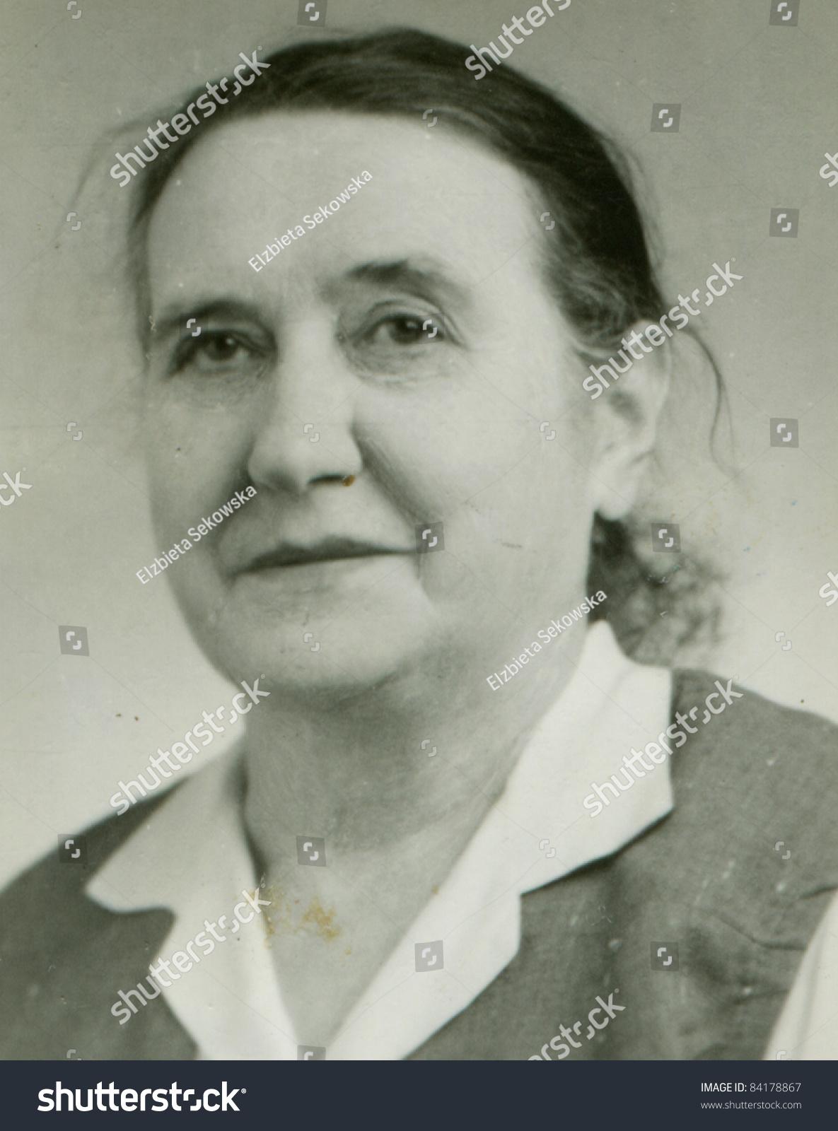Mature vintage facial