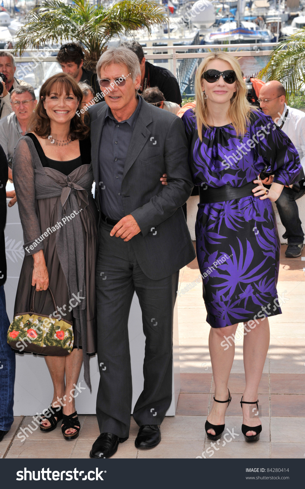 harrison ford karen allen cate blanchett at photocall for indiana jones and the kingdom of. Black Bedroom Furniture Sets. Home Design Ideas
