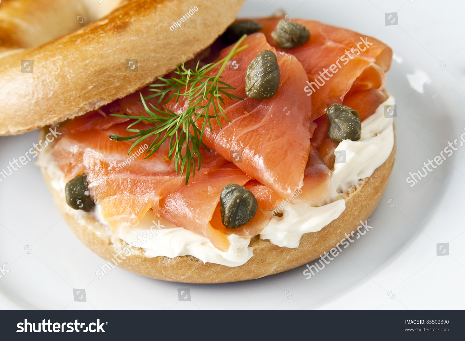 Cream Cheese And Smoked Salmon Bagel Stock Photo 85502890 ...