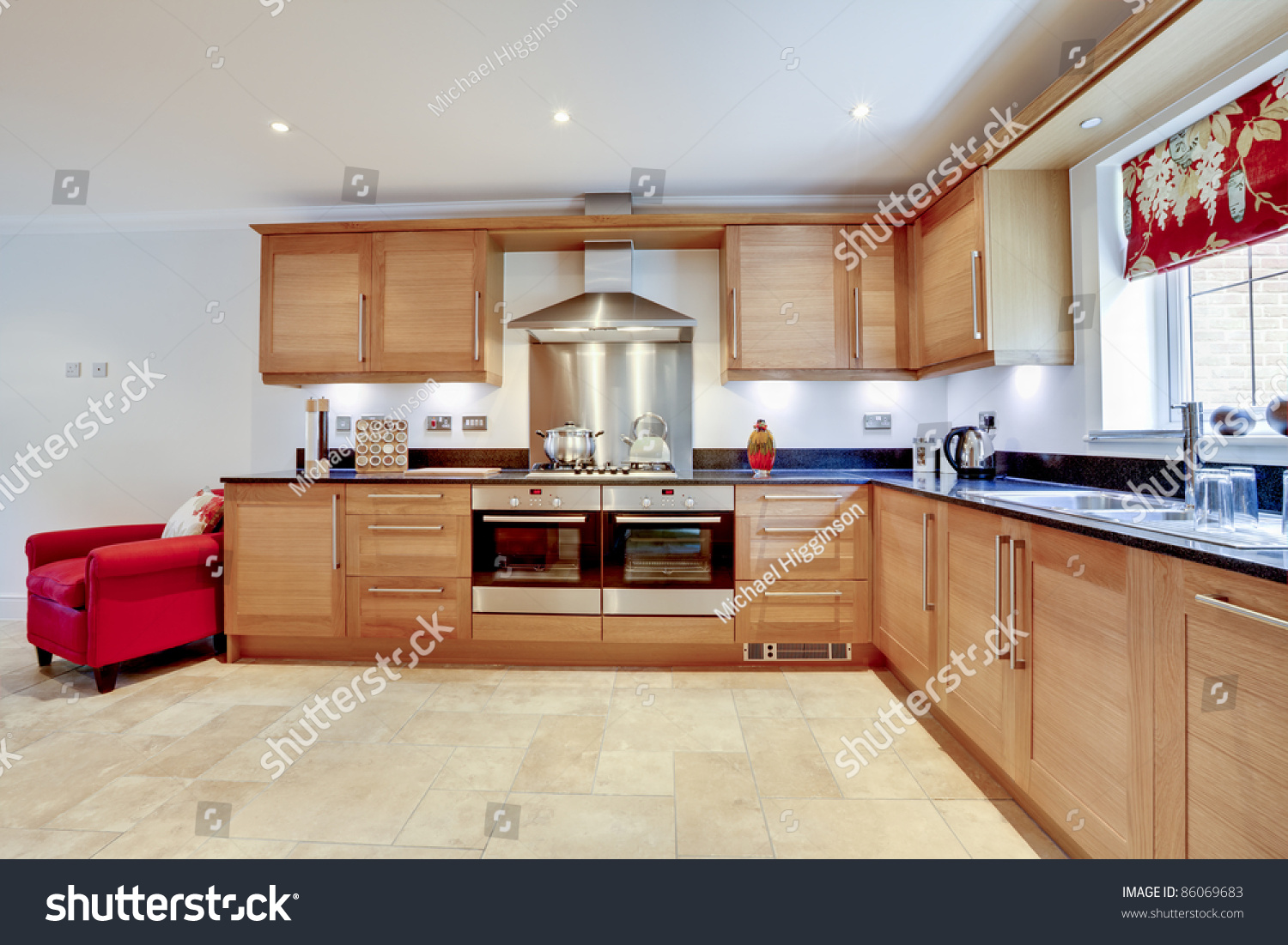 Luxury Modern Fitted Kitchen With Built In Appliances And