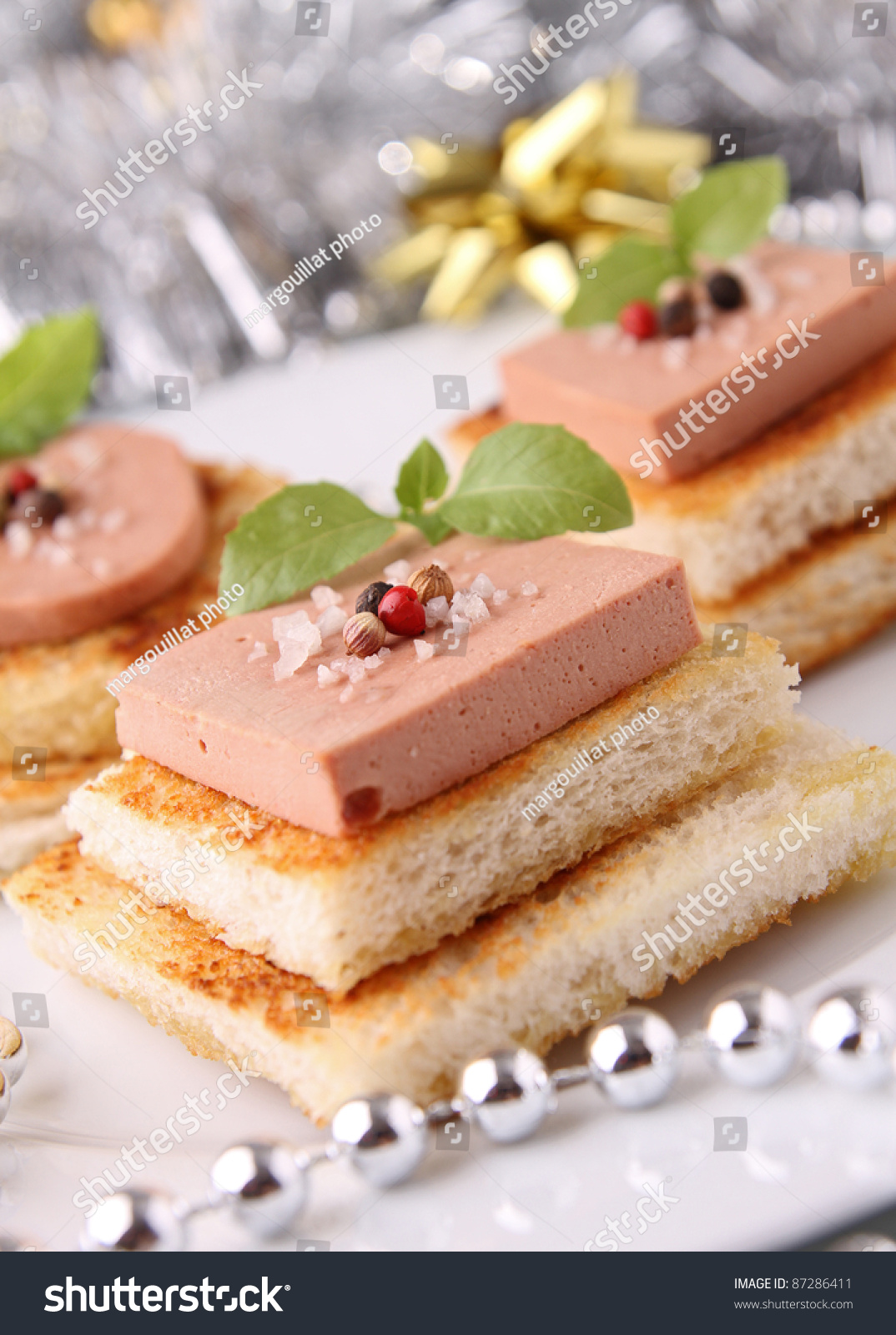 Canapes bread with foie gras stock photo 87286411 for Canape foie gras