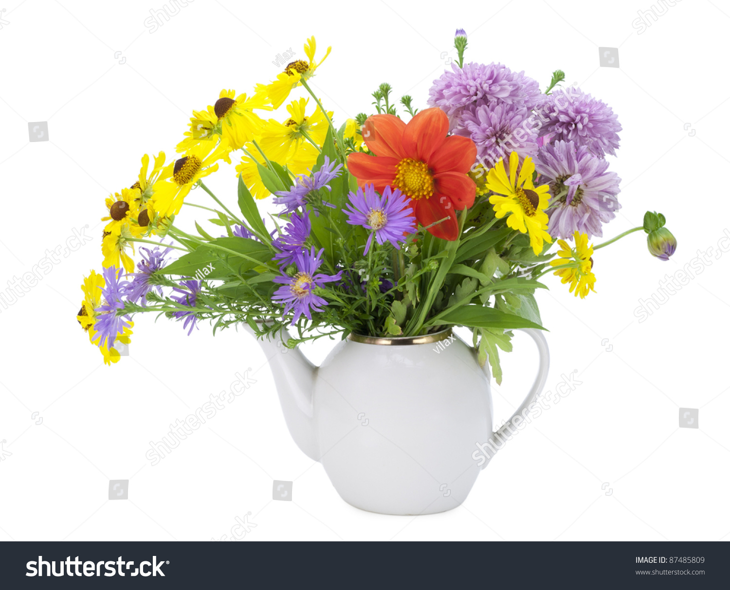 Kettle And A Bouquet Of Autumn Flowers Flowers Tea Concept