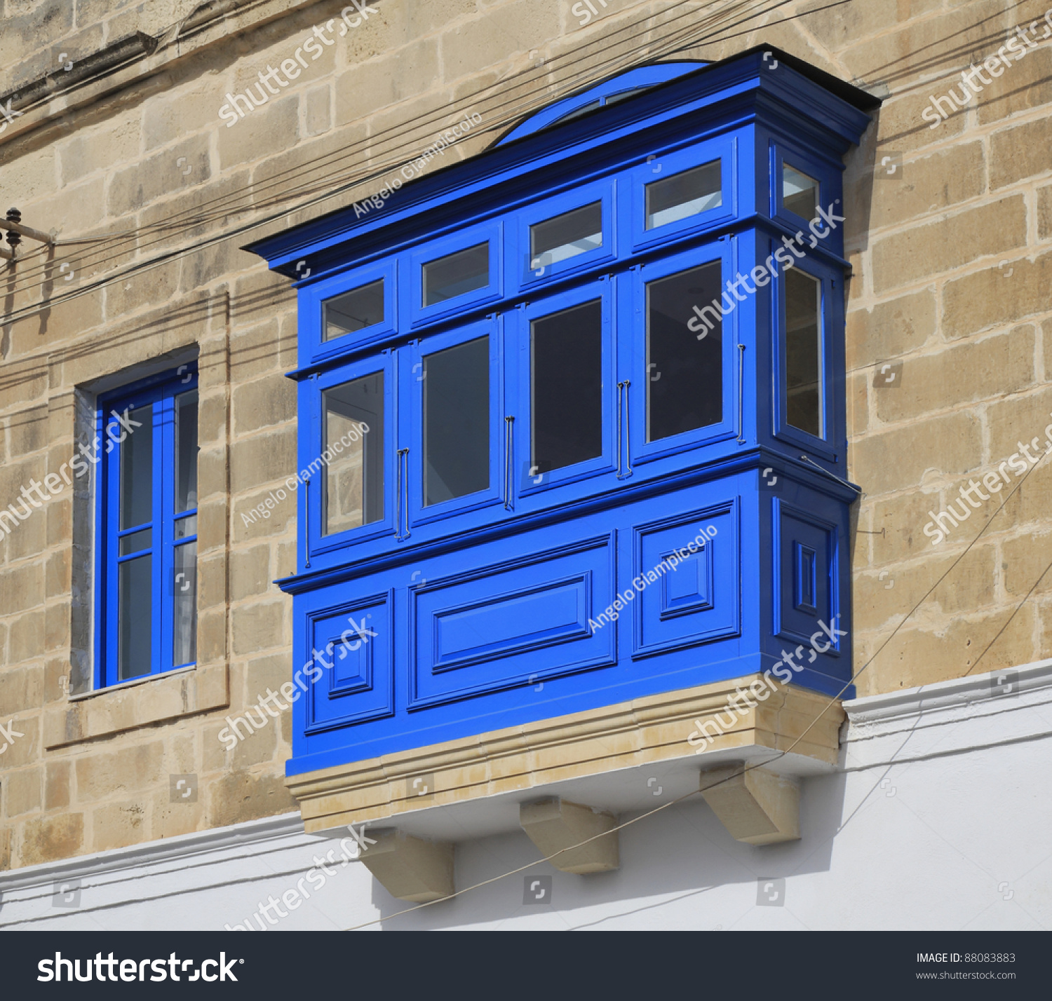 Malta island marsaxlokk tipical maltese old house facade for Classic house facades