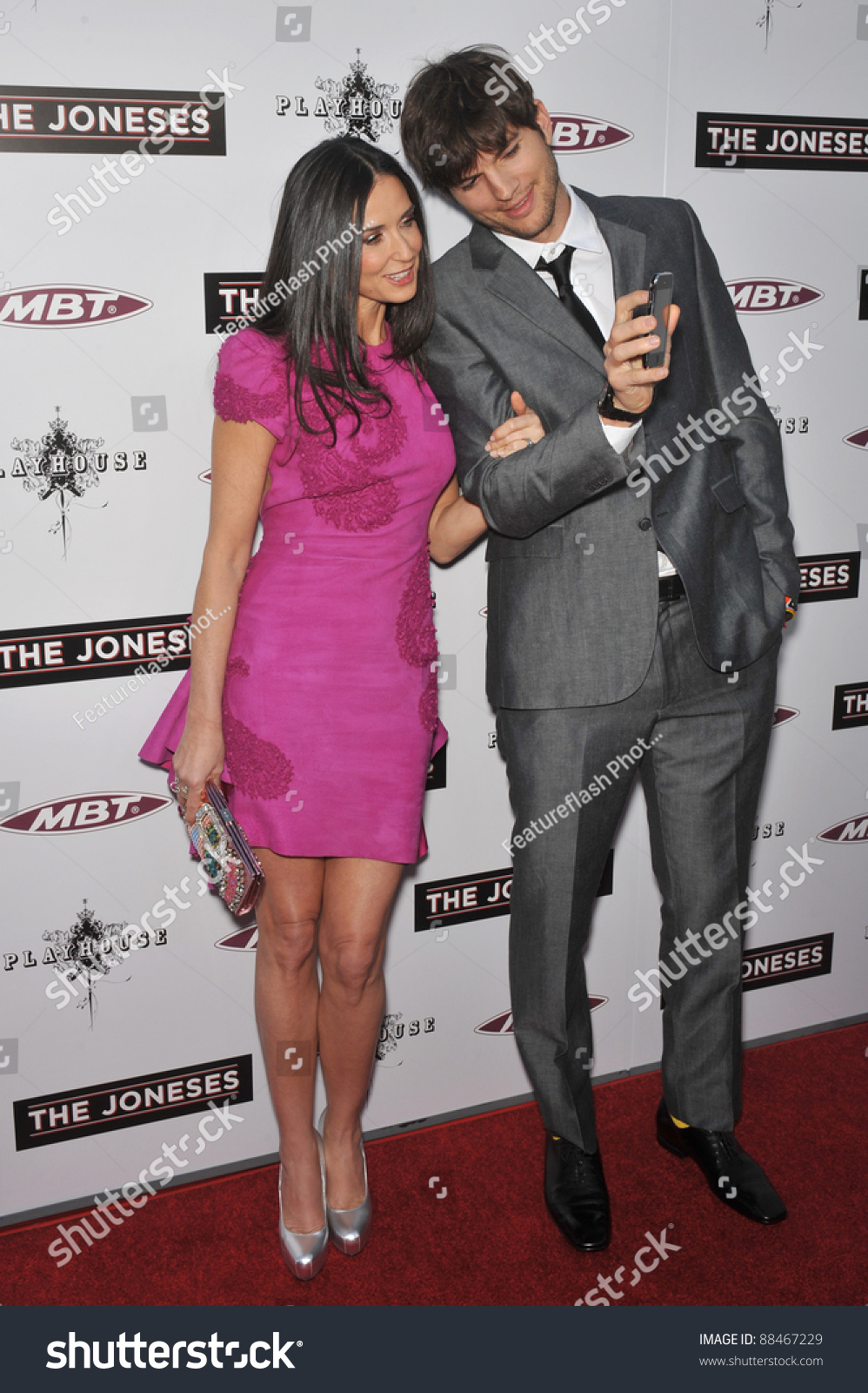 a6375e2bc297 Demi Moore   Ashton Kutcher at the Los Angeles premiere of her new movie