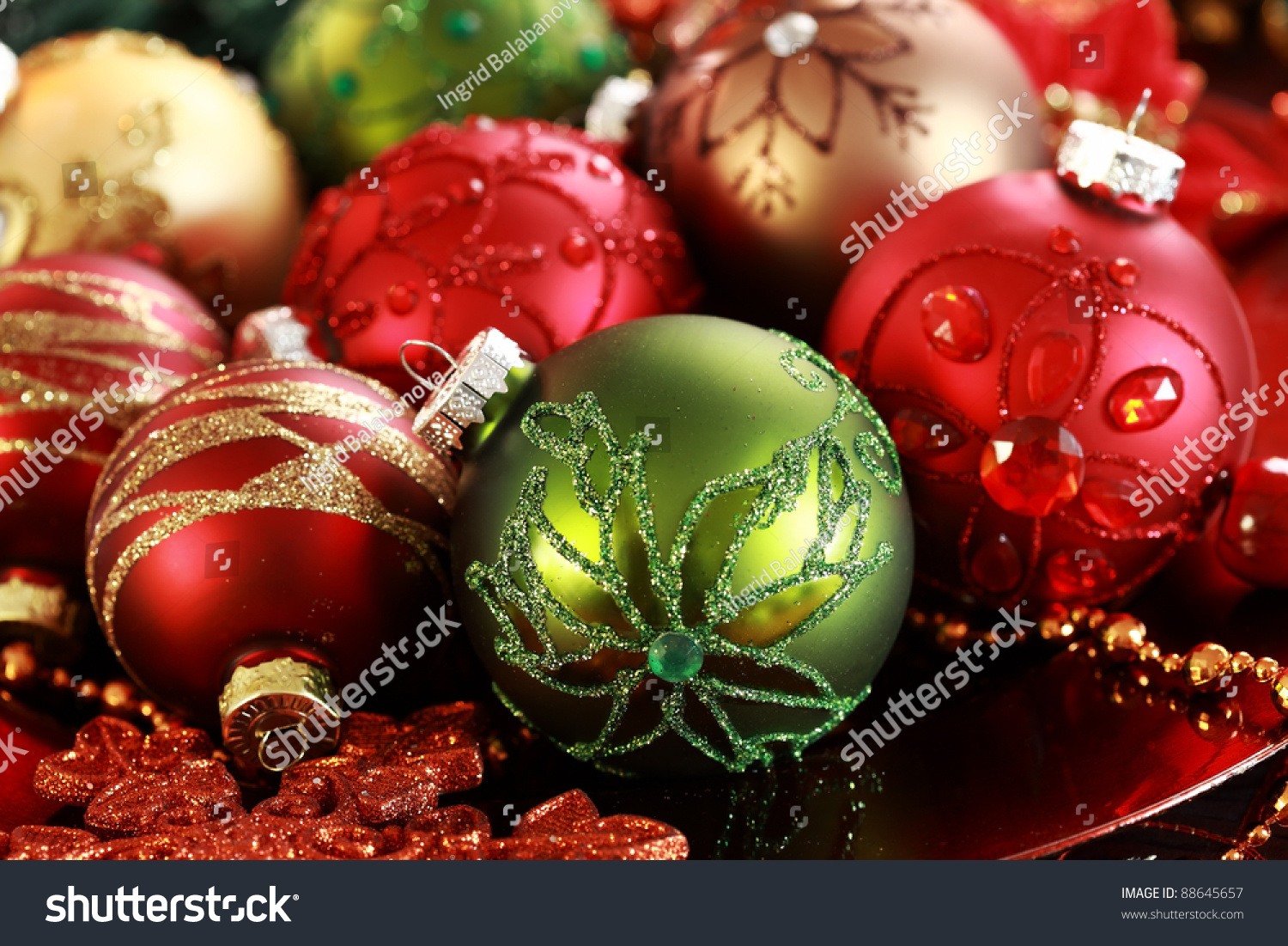 beautiful christmas ornaments as table decoration - Beautiful Christmas Ornaments