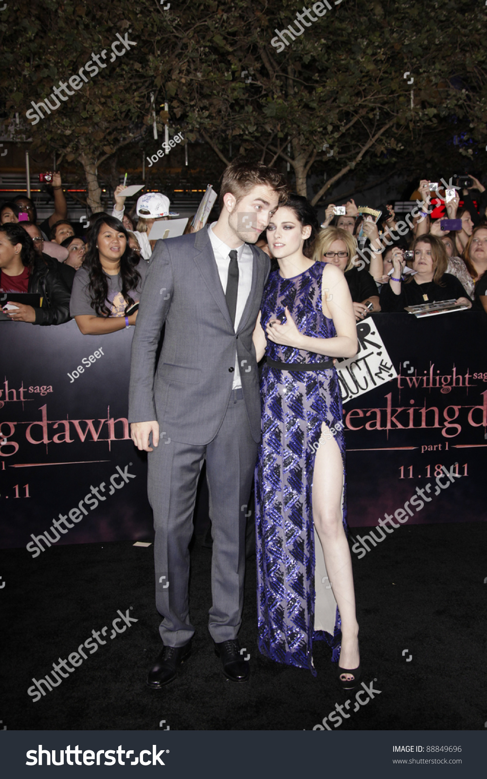LOS ANGELES - NOV 14: Robert Pattinson, Kristen Stewart at the World  Premiere of