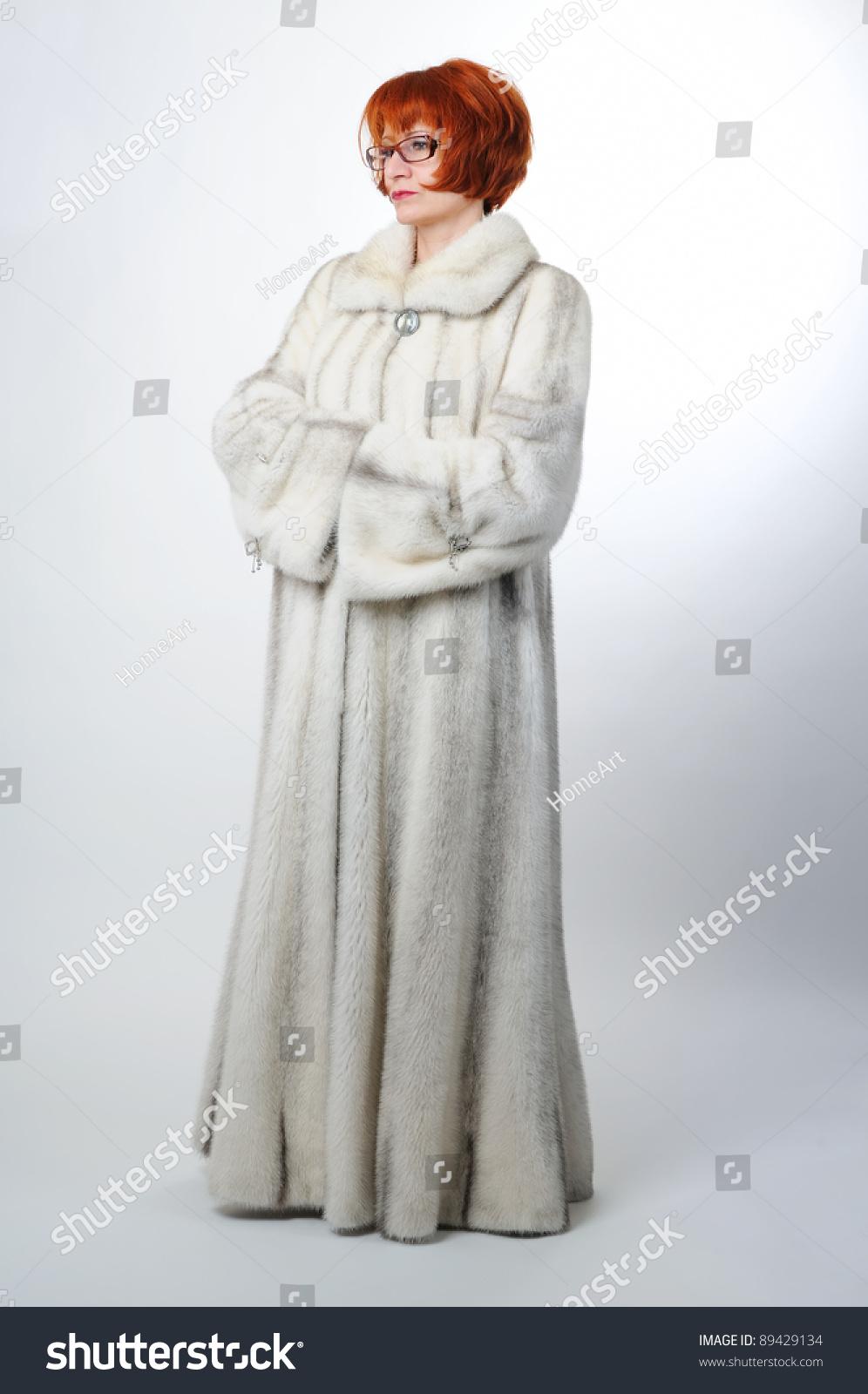 Mink Coat Value >> Woman In White Mink Long Fur Coat Stock Photo 89429134 ...