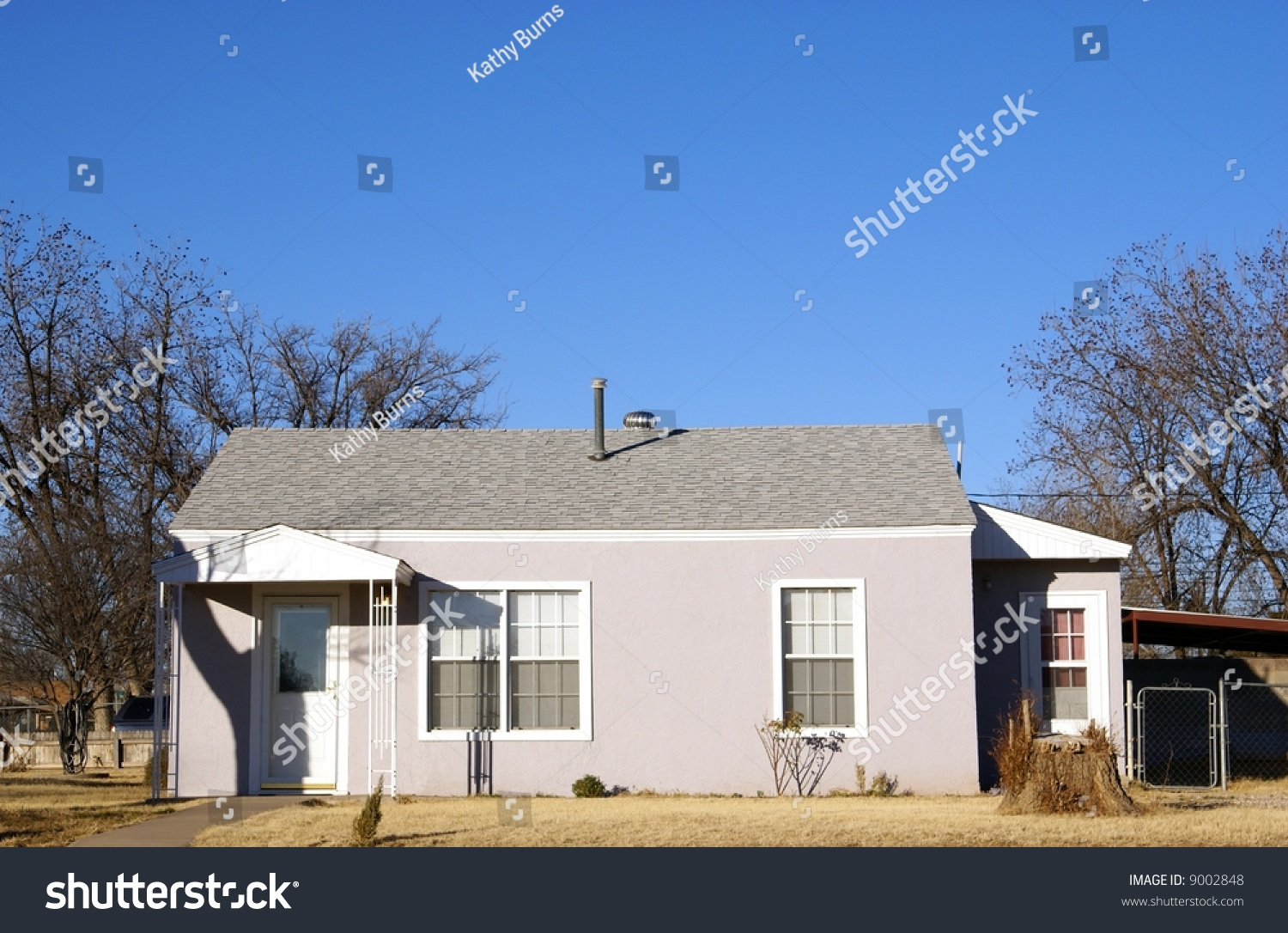 Small Stucco Cottage House With Fresh Paint Upgrades And