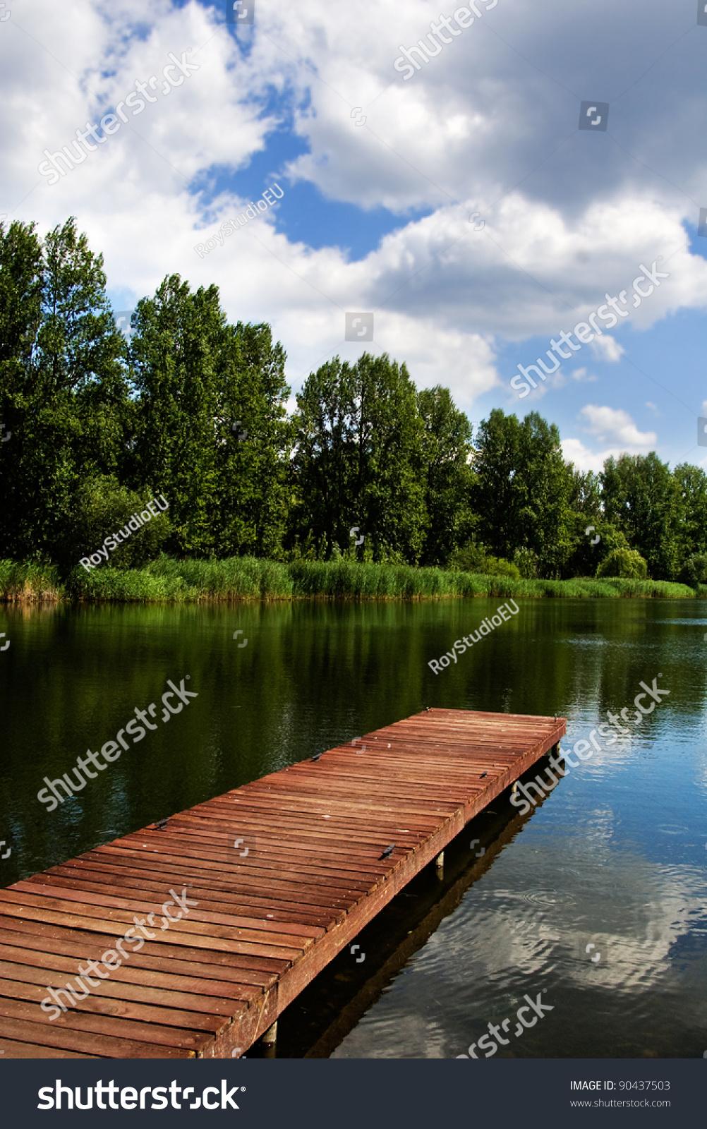 Log cabin on a lake royalty free stock photography image 7866317 - Island In A Lake On An Island In A Lake On An Island Image Of