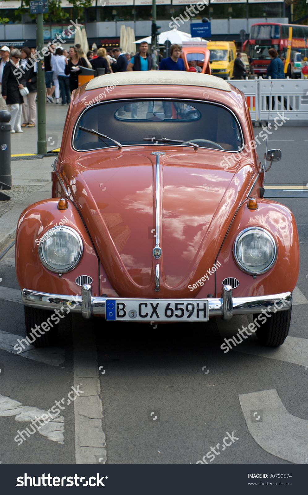 berlin may 28 car volkswagen beetle the exhibition. Black Bedroom Furniture Sets. Home Design Ideas