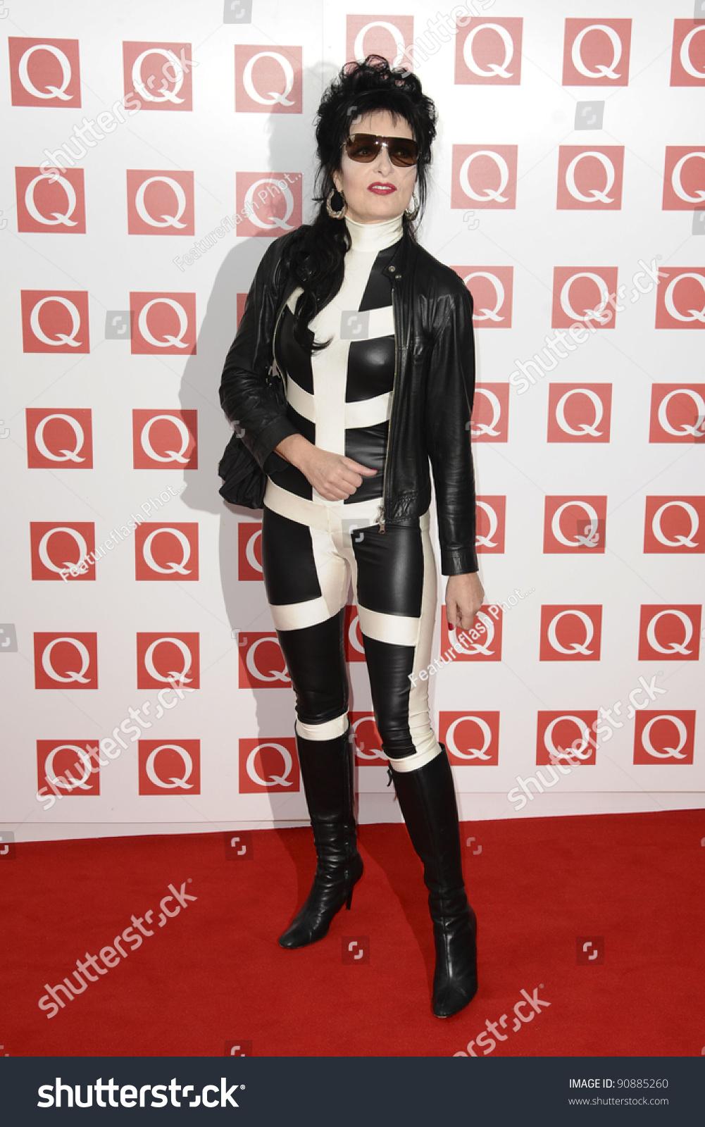 Watch Siouxsie Q video