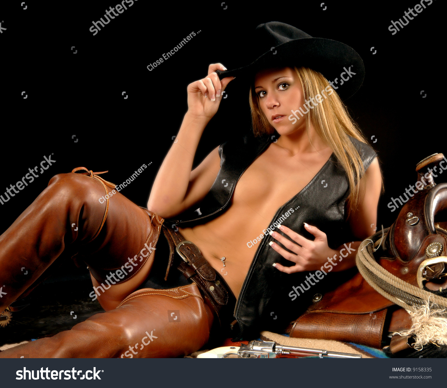 nude-cowgirl-pistol-nudy-photos-in-heden-camera