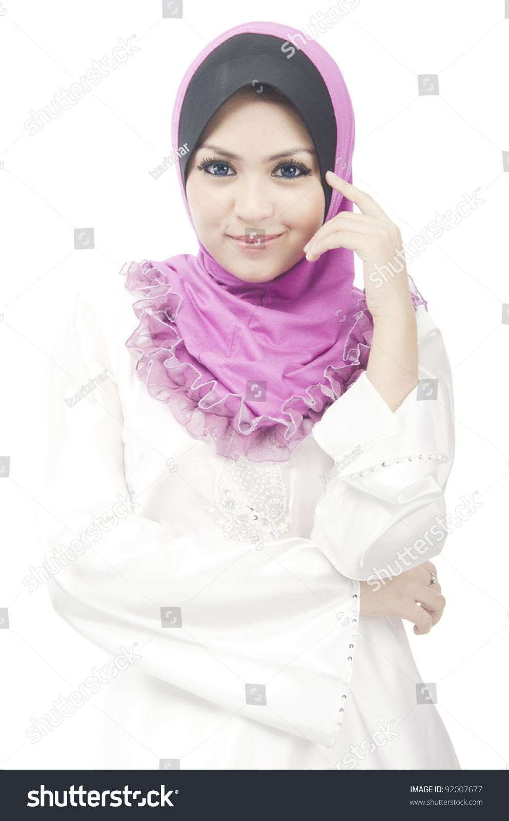 de young muslim Meet muslim women and find your true love at muslimacom sign up today and browse profiles of muslim women for freelink value.