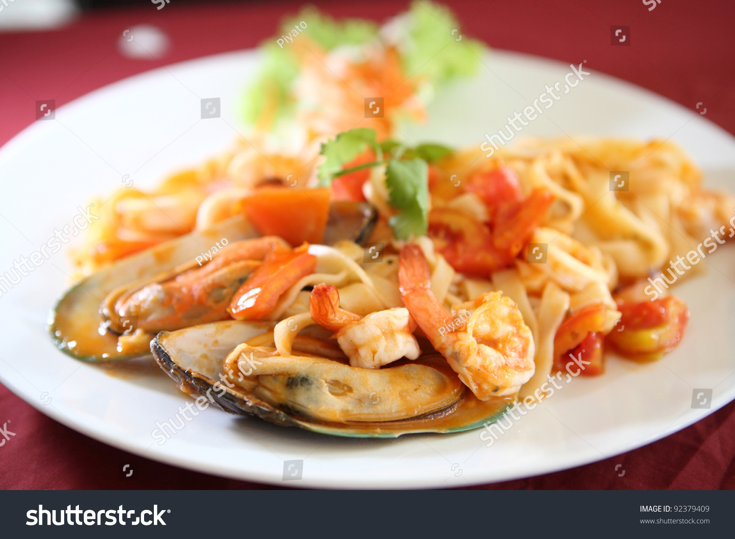 how to make seafood pasta sauce