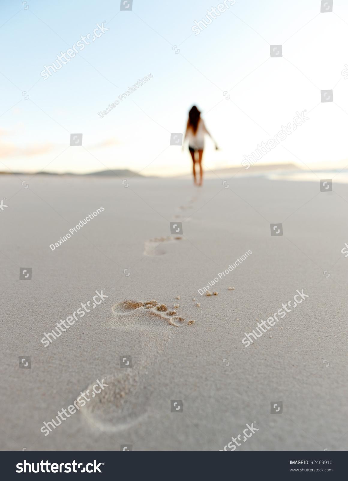 一个人孤独的走 - 唯美图片 QQJAY空间站