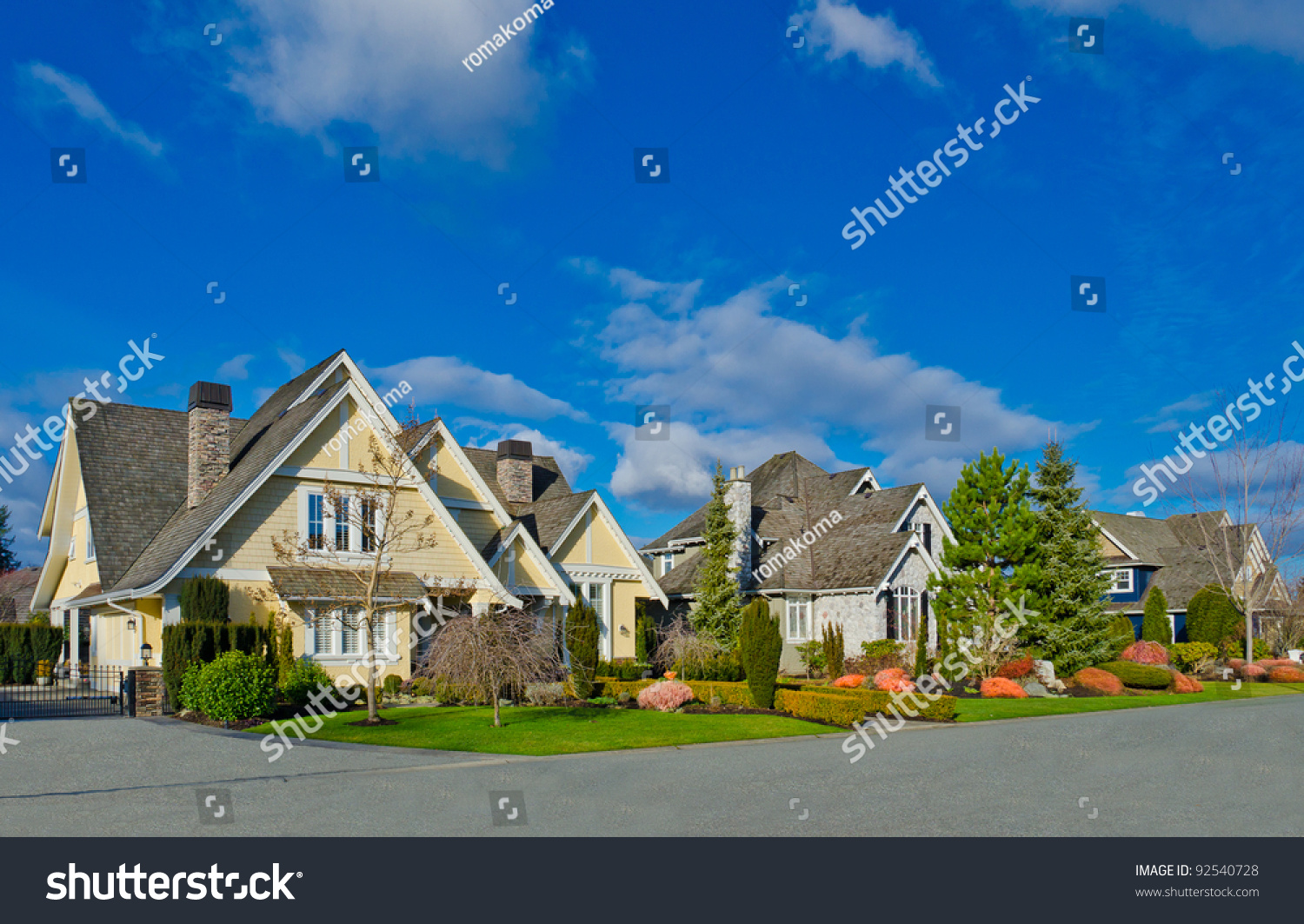 Nice neighborhood homes suburbs north america stock photo for Nice houses in canada