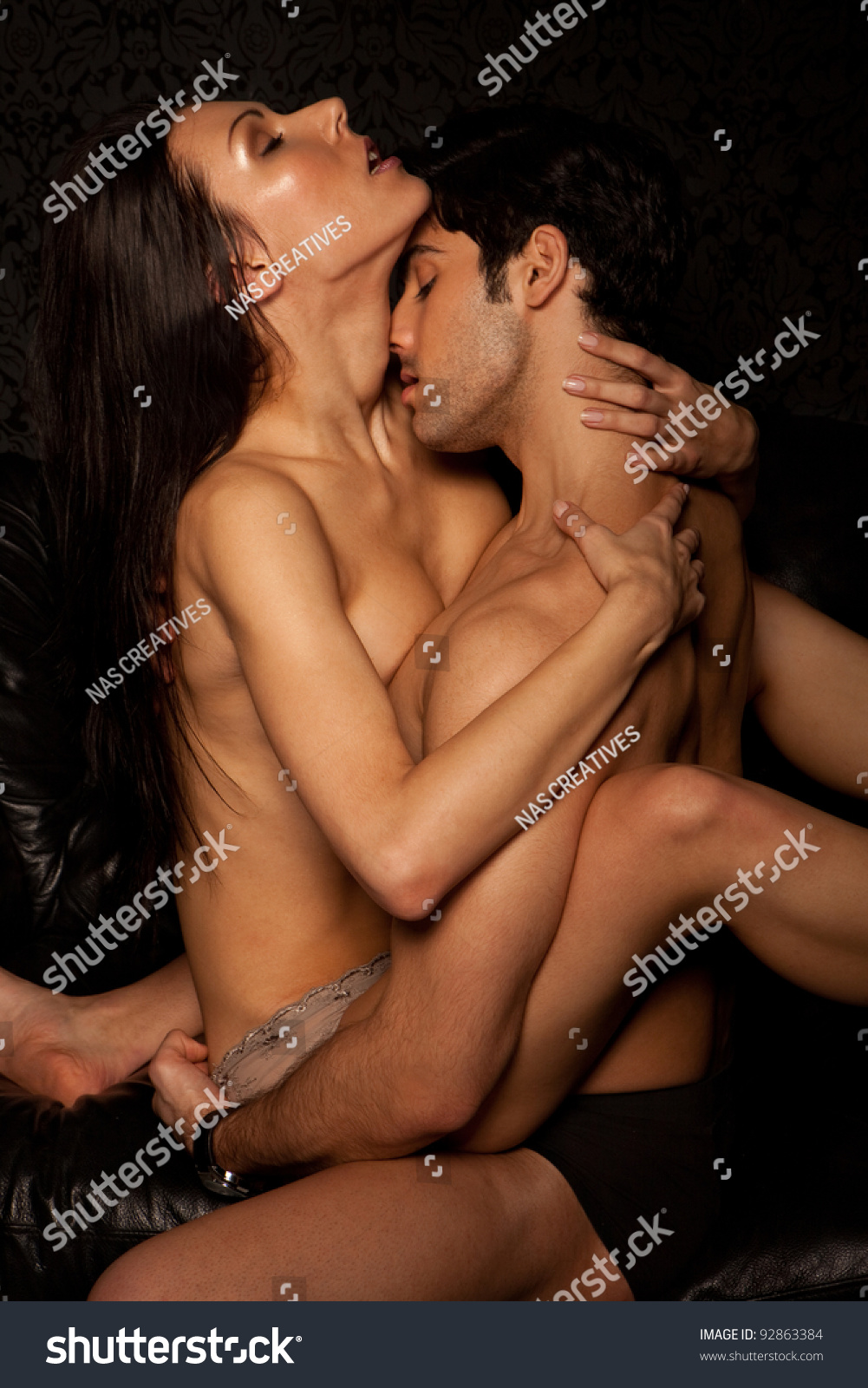 naked young couples havinghardcore sex