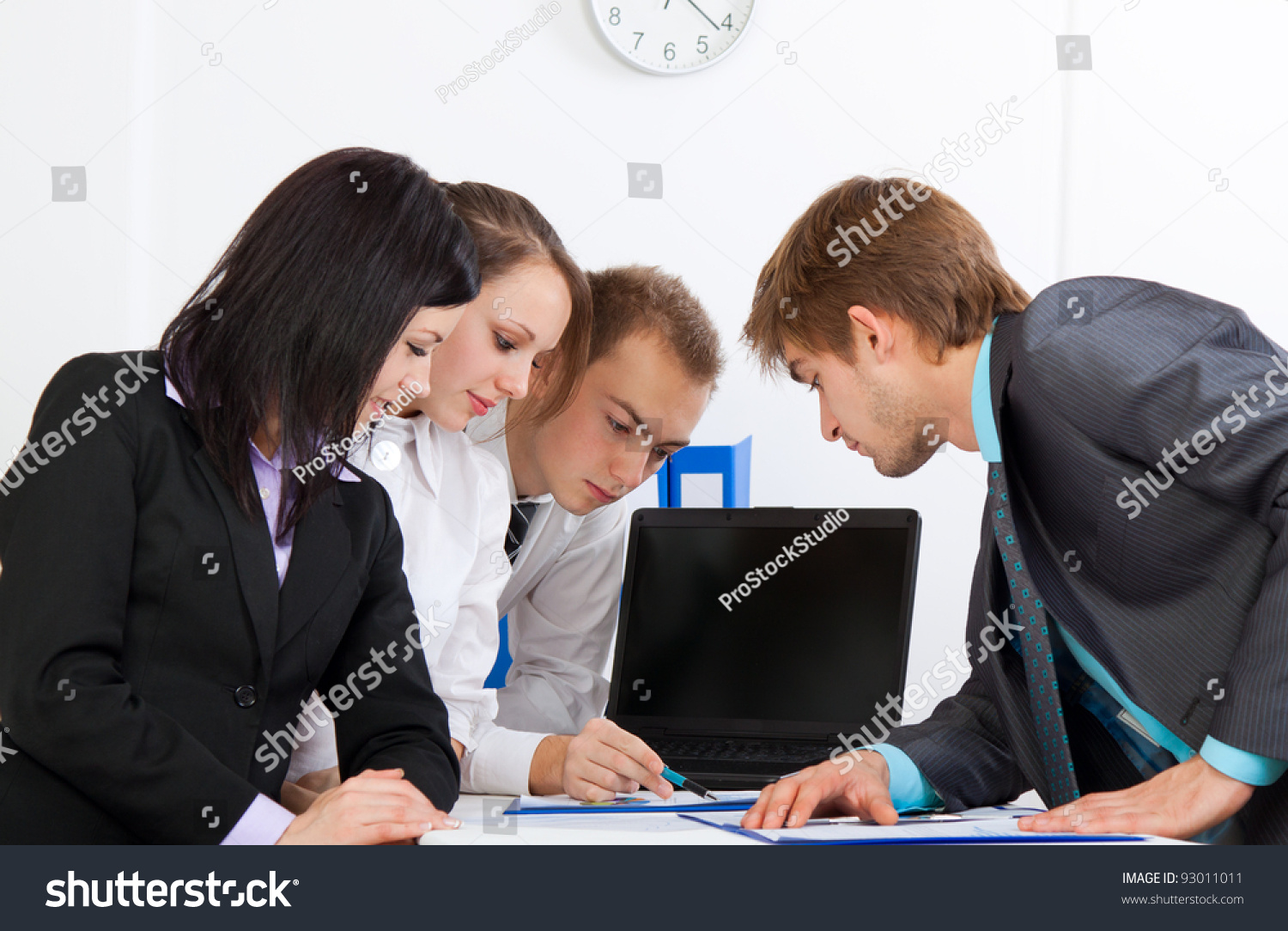 men and women in business society essay Men and women have different roles to play in modern society men and women have different roles to play in modern society  women's roles in society essay sample.
