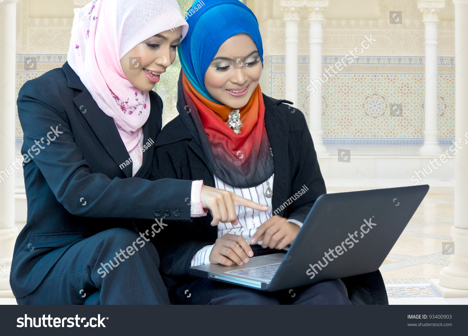 shawnee on delaware single muslim girls Baby names in islamic religion are impressive, classy and stylish check our list of muslim baby names for boys and girls with meanings and take your pick.
