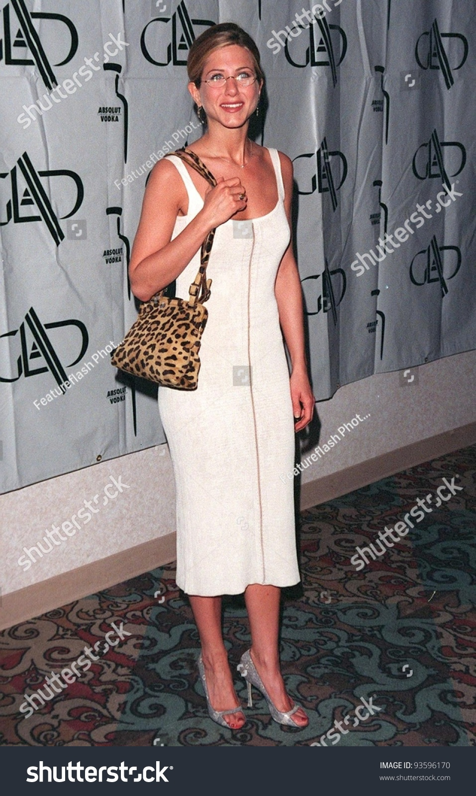 20APR98: Friends star JENNIFER ANISTON at the 9th Annual GLAAD (Gay &  Lesbian Alliance