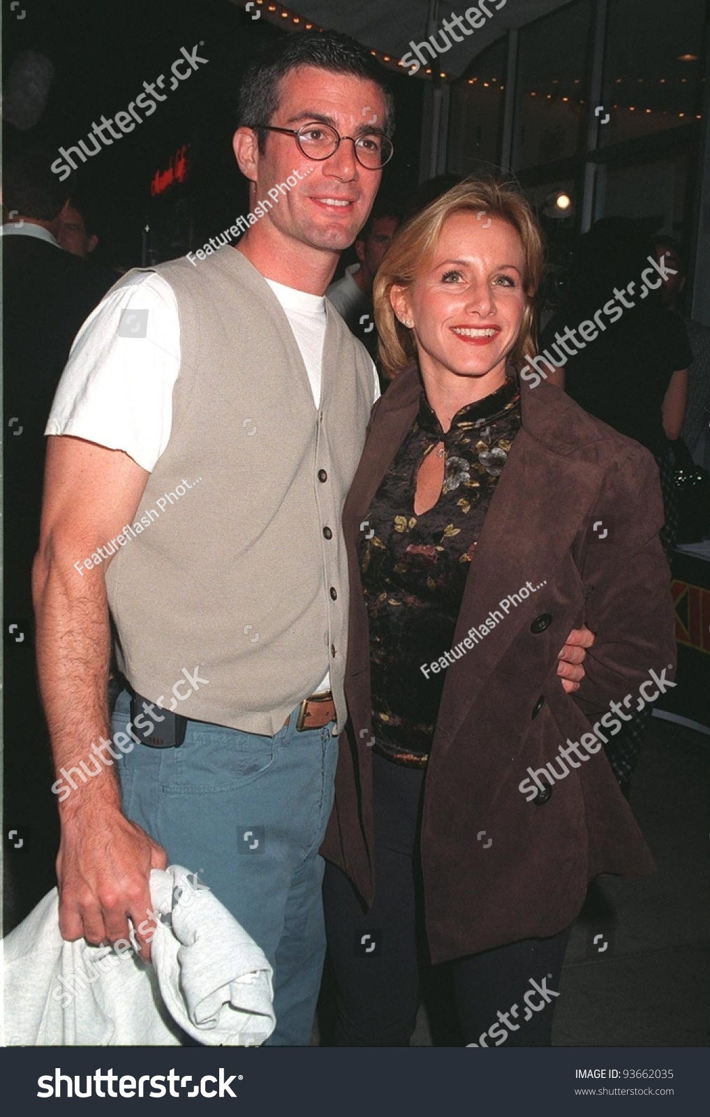 29sep97 former beverly hills 90210 star gabrielle carteris husband at the premiere of
