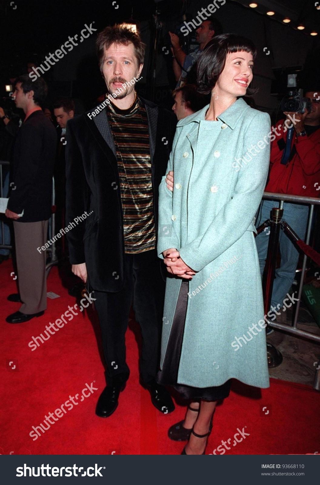 20nov97: Actor Gary Oldman & Wife Donya Fiorentino At ...