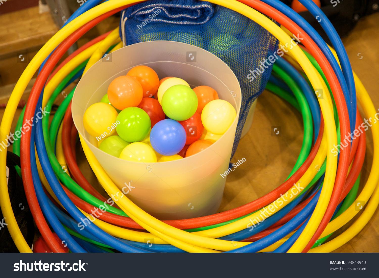 Bucket Plastic Balls S...