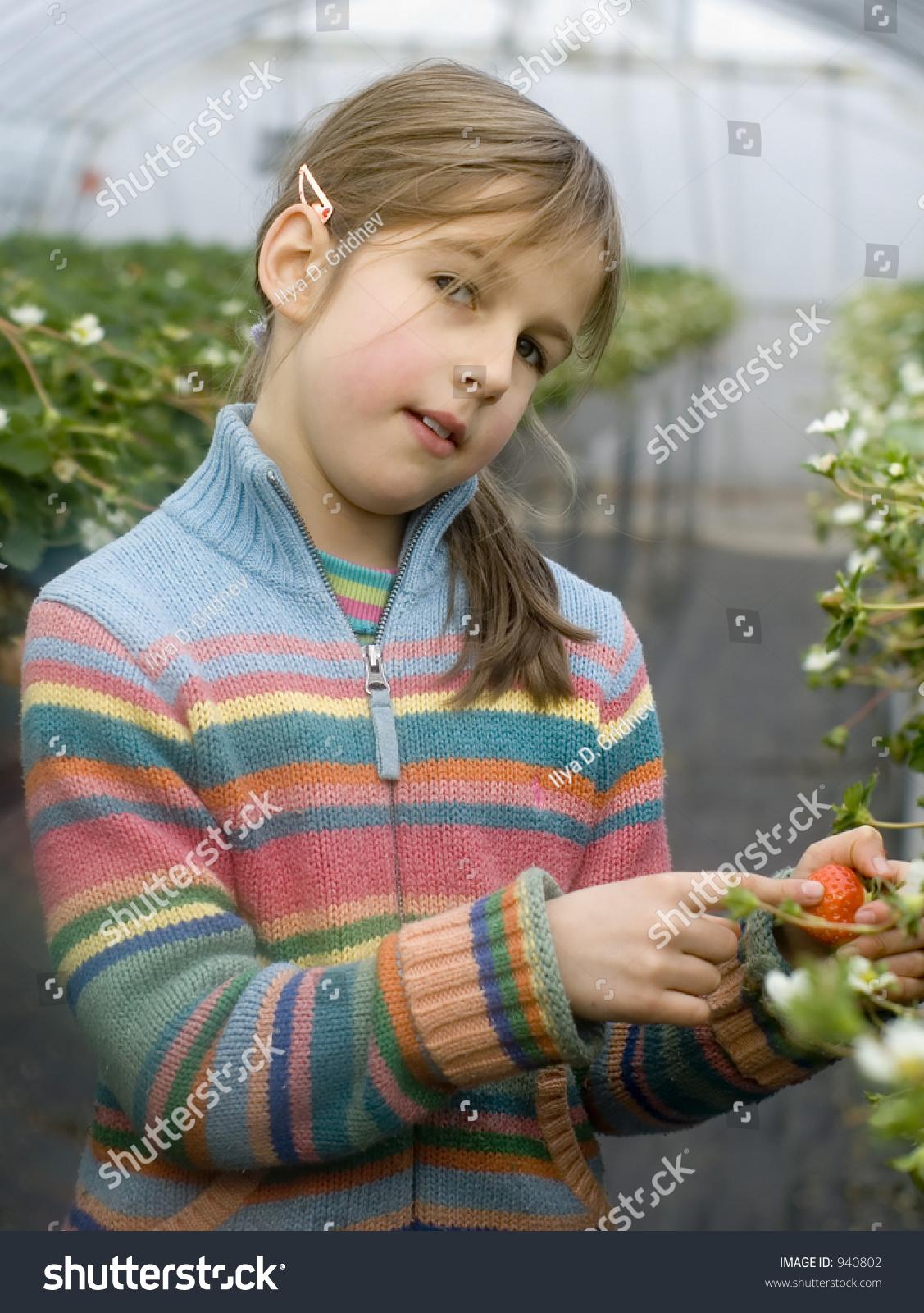 Myfruitspreteenforum: Fruits Preteen Pics Beautiful Preteen Girl Collecting