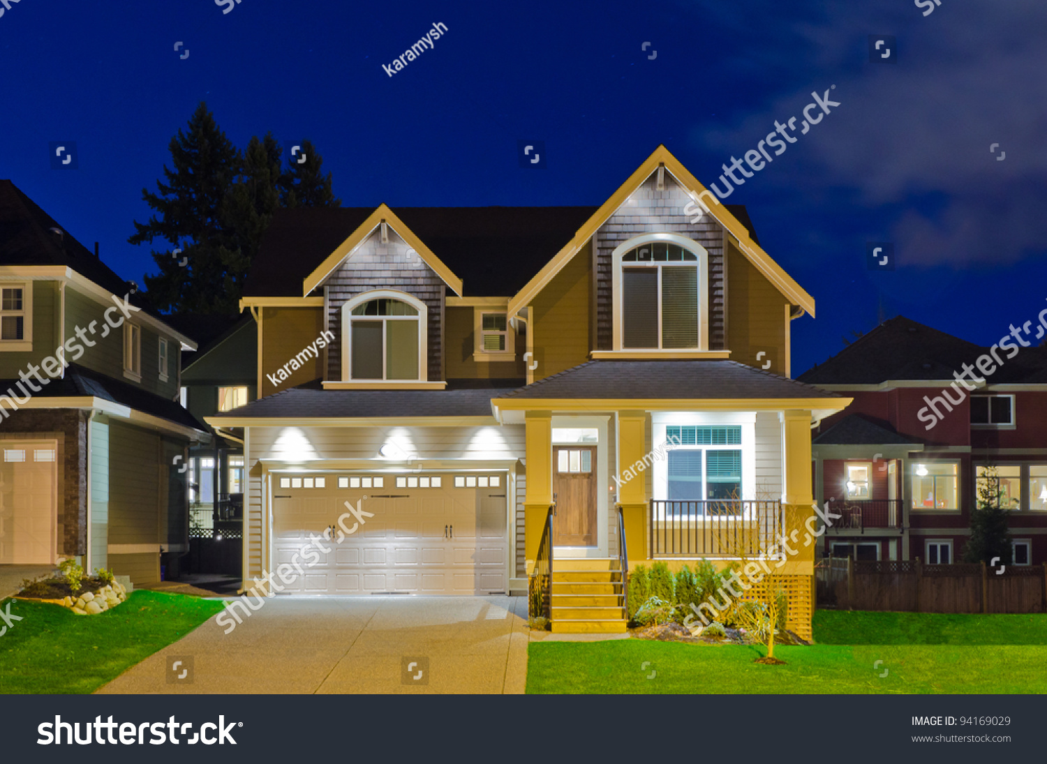 Nice neighborhood houses dusk vancouver canada stock photo for Nice houses in canada