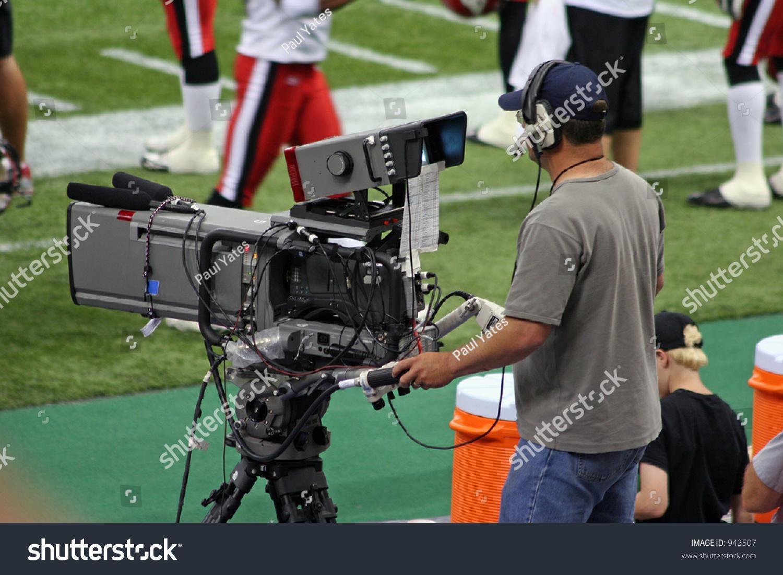 Tv Camera Operator Stock Photo 942507 - Shutterstock