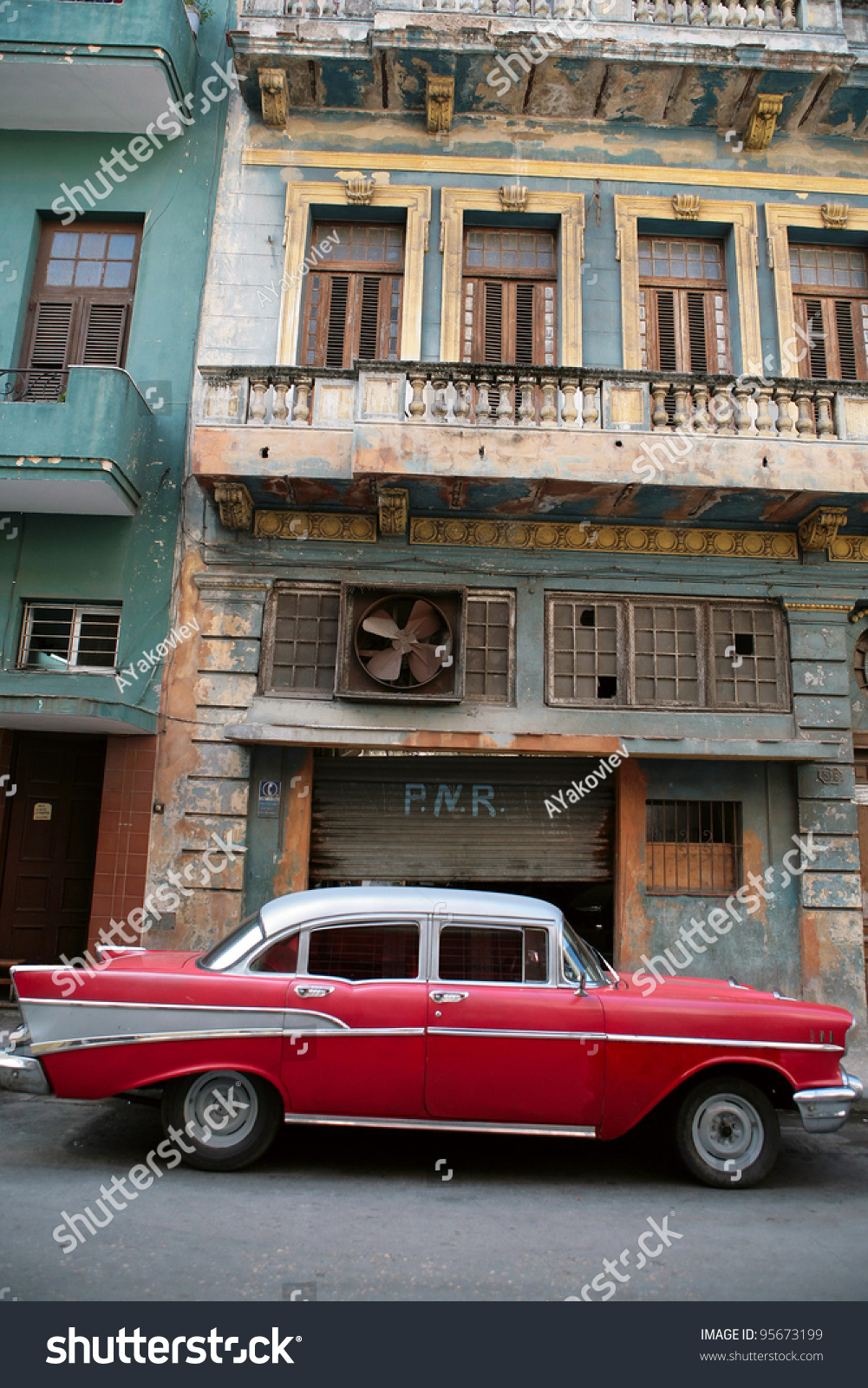 HAVANA 22 MARCH Vintage Car Cuba Stock Photo (Royalty Free) 95673199 ...
