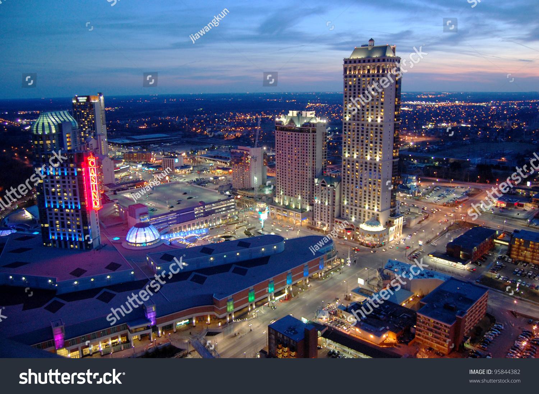 Nagara falls casino casino blackjack game line
