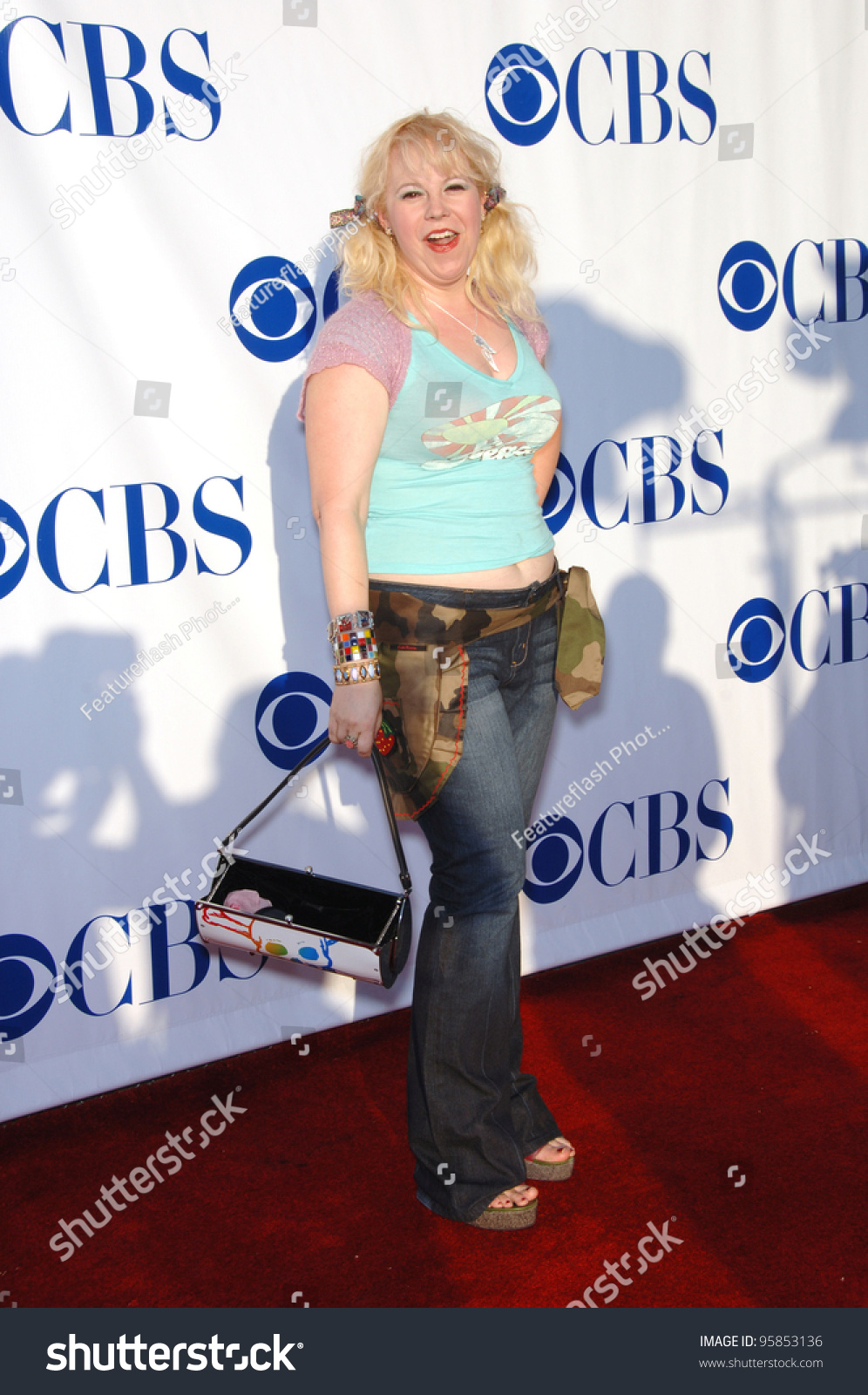 Communication on this topic: Amy Tolsky, kirsten-vangsness/